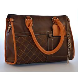 Hnědá elegantní dámská kabelka Volie  235de70d04