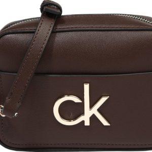 Calvin Klein Brašna na kameru tmavě hnědá / zlatá